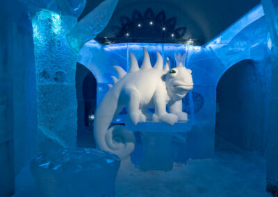 dragon-of-snow-in-icehotel-design_kestutis_vytautas_musteikis_photo_asaf_kliger